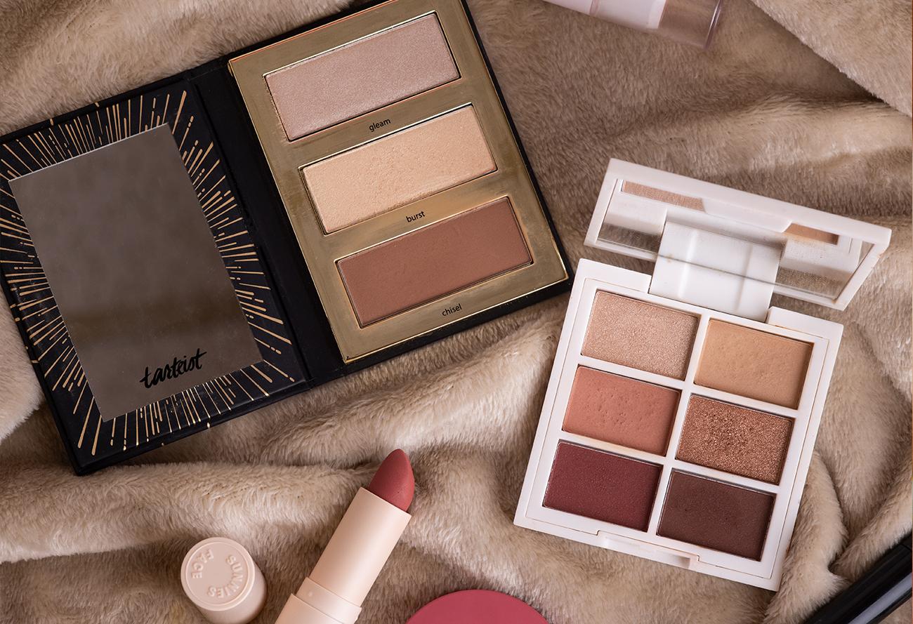 Makeup Essentials for Photographers